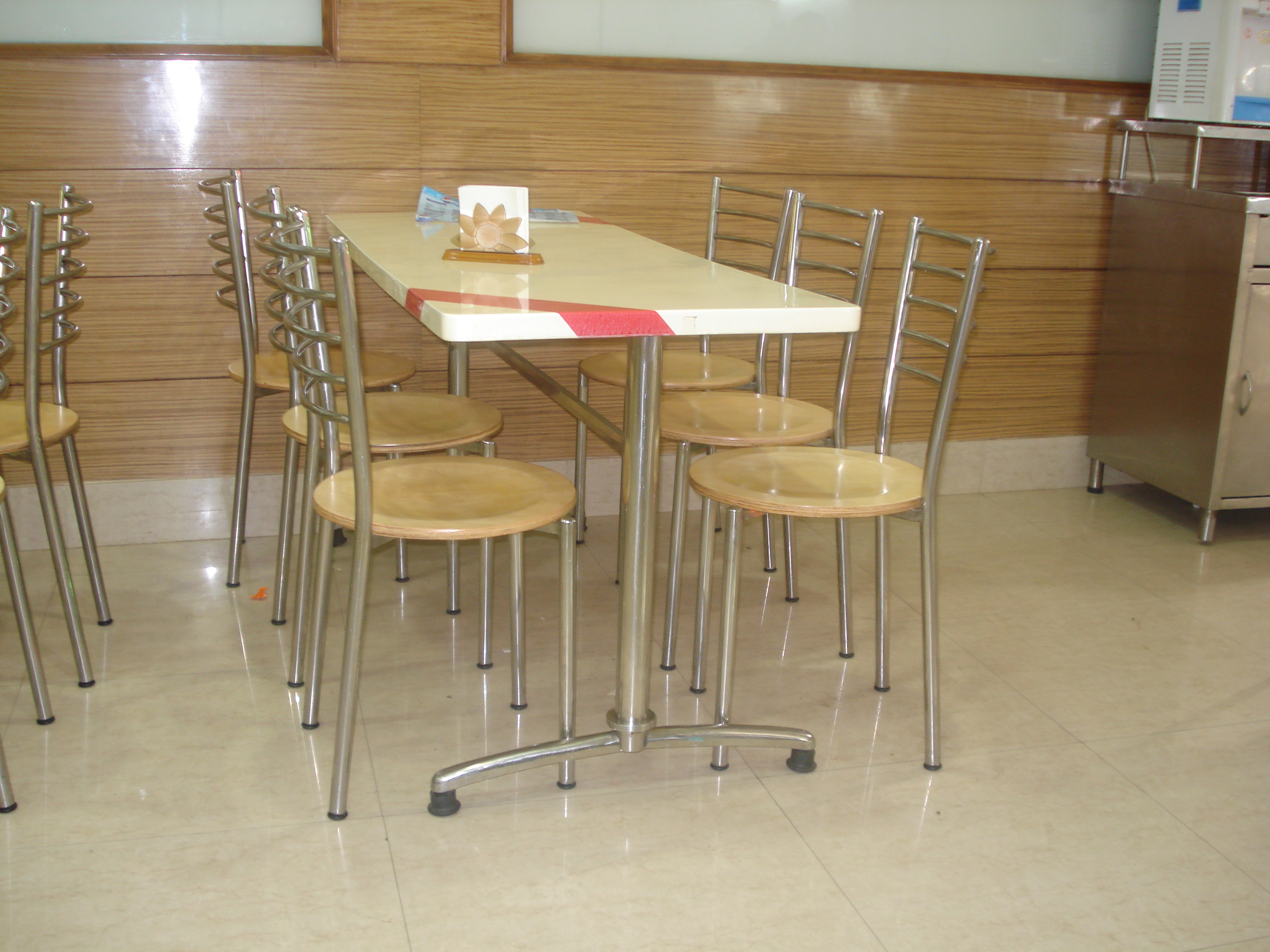 Cafe Restaurant Furniture In Lucknow Cafe Restaurant Furniture